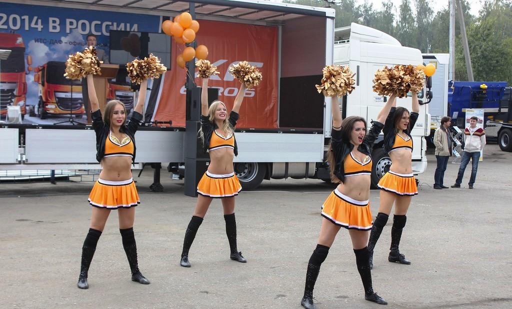 Фото девушек черлидеров 2 фотография